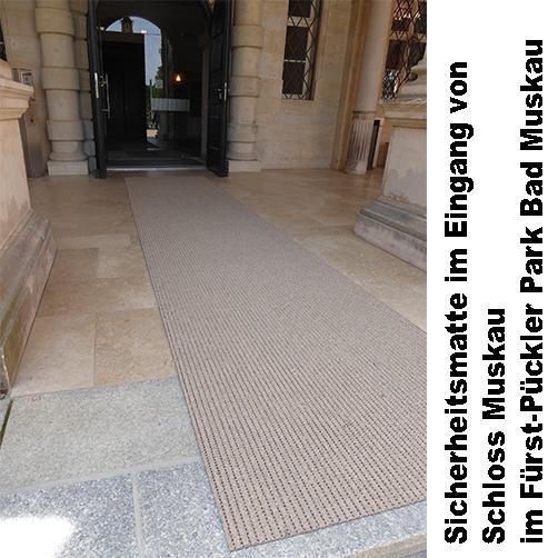 Antirutschmatte im Eingang Schloss Muskau